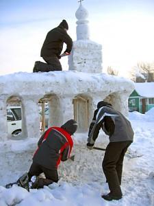 Фестиваль снежной скульптуры в Краснообске