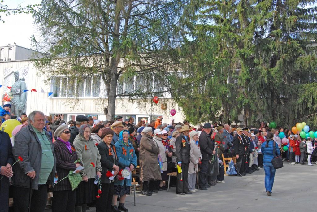 Ветераны в КРаснообске на митинге 2014